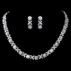 This stunning bridal necklace set features distinctive marquis Cubic Zirconia flowers and a gorgeous safety clasp used in fine jewellery, for the look of platin Black Diamond Earrings, Dainty Diamond Necklace, Diamond Pendant, Crystal Necklace, Diamond Jewelry, Silver Earrings, Diamond Rings, Crystal Jewelry, Gold Necklace