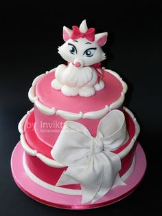 Aristocats Marie cake ~ adorable!