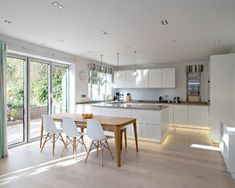 Bright Modern Kitchen With Smooth Lines and a Relaxed Vibe