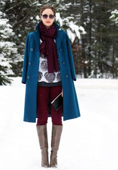 Burgundy, teal, and a pop of print. SO good. Love these colors together.