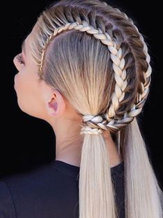 Sporty Hairstyles, Easy Hairstyles For Long Hair, Baddie Hairstyles, Braids For Long Hair, Girl Hairstyles, Braided Hairstyles, Hair Upstyles, Hair Due, Festival Hair