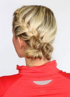 Tresse et chignon pour une coiffure de sportive pratique et tendance