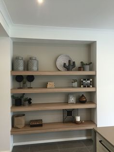 Built in natural wood shelves Living Room Storage, Home Living Room, Living Room Decor, Built In Shelves, Wood Shelves, Home Furniture, Furniture Design, Sweet Home Design, Home And Deco