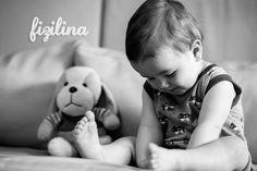 Tomy con su pijama de aviones. Face, Kids, Babydoll Sheep, Kids Fashion, Tomy, Games, Planes, Argentina, Summer Time