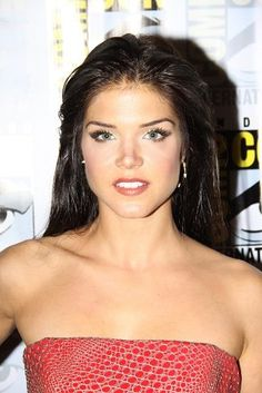 Marie Avgeropoulos interview on The 100 season 4. #the100