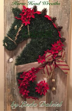 Christmas wreath! Facebook: Horse Head Wreaths by Linda Dalziel