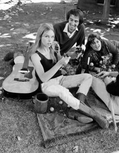 Michelle Phillips, John Phillips and Mama Cass Elliott of The Mamas and the Papas.