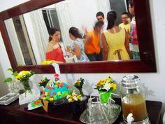 Aniversário do meu cunhado e eu fiz o bolo e a decoração, conto tudo no blog http://todaprincesamerece.blogspot.com.br/2014/02/a-decoracao-da-festa-do-principe-nerd.html #festas em casa #myparty #myhouse #mariobroscake #bolodemariobros #DIY