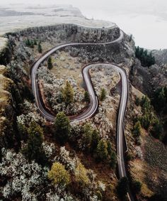 Road to Ride. Rowena Crest in Oregon by @monascherie.