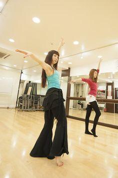 【ヴィーナスアカデミー】ビューティプログラム選択授業「ベリーダンス」