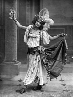 """Gypsy"" cabaret dancer costume, c. early 20th C."