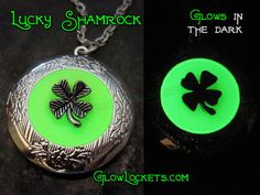 Lucky Shamrock Four 4 Leaf Clover Saint Patricks Day Glowing Locket