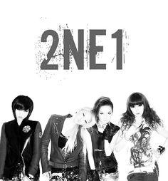 #2NE1