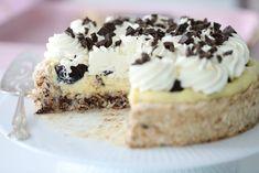 Islandskake – Passion For baking – Oppskrifters Island Cake, Cake Recipes, Dessert Recipes, Great Recipes, Favorite Recipes, Custard, No Bake Cake, Cupcake Cakes, Cupcakes
