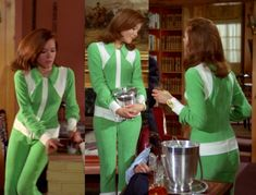 The Avengers : Fashion Guide to Series 5 : 6 Diana Riggs, Spy Shows, The Original Avengers, Dame Diana Rigg, Avengers Girl, Avengers Images, Emma Peel, Smart Outfit, Fashion Guide