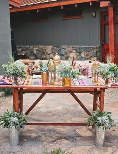 desert sweetheart table