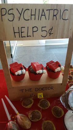 Cupcakes snoopy psychiatric help