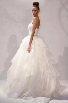 kleinfeld wedding dresses | Best Designer Wedding Dresses - Vera Wang & more (BridesMagazine.co.u ...