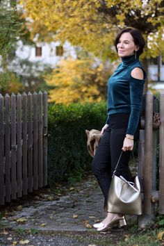 Autumn winter trends: Velvet and cut-out tops | Lady of Style