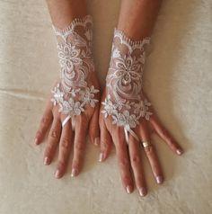 Ivory silvery  Wedding lace gloves gauntlet by GlovesByJana
