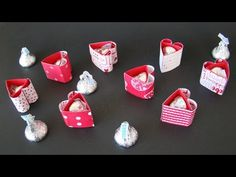 Hershey's One Kiss Heart | Video Tutorial, Hershey's Kisses, Stampin' Up, Valentine's Day, Hearts, Sending Love Designer Series Paper, Simply Scored, Scoring, Qbee's Quest, Brenda Quintana