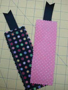 Bee In My Bonnet: Fabric Bookmark Tutorial...