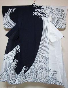 Discover recipes, home ideas, style inspiration and other ideas to try. Motif Kimono, Kimono Design, Kimono Pattern, Kimono Fabric, Wave Pattern, Japanese Textiles, Japanese Prints, Japanese Design, Style Du Japon