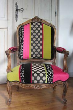 retapisser un fauteuil tapissier à Bohars