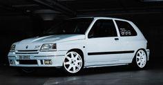 Renault Clio 16v