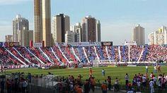 Estádio Durival de Brito (Vila Capanema) - Curitiba (PR) - Capacidade: 17 mil - Clube: Paraná