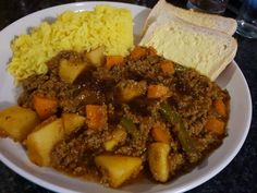 Curry Mince Recipe, Easy Mutton Curry Recipe, Mild Curry Recipe, Minced Beef Recipes, Mince Recipes, Curry Recipes, Chicken Recipes, South African Recipes, Indian Food Recipes