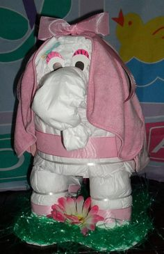 girl elephant diaper cake (pic. only)