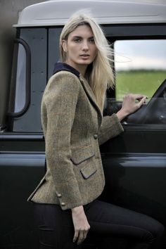 Irish Pub:  #Irish #Pub ~ Harris Tweed #Jacket.
