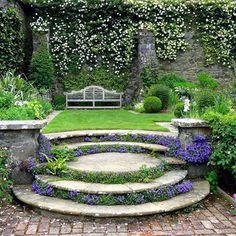 Extraordinary garden ideas along back fence that will impress you Small Cottage Garden Ideas, Garden Cottage, Backyard Cottage, Flower Garden Design, Small Garden Design, Formal Garden Design, Terrace Design, Patio Design, Garden Steps