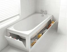 badeinrichtung badewanne mit ausklappbaren regalen