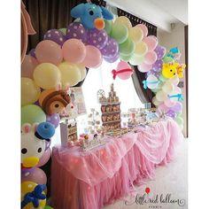 Little Red Balloon: Easter Tsum Tsum balloon arch and dessert table in pretty pastels #balloondecor #balloonsculpture ...