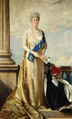 Queen Mary with Gater robes, 1927, by Richard Jack.