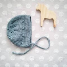 This Pin was discovered by Mai Baby Hats Knitting, Knitting For Kids, Crochet For Kids, Crochet Baby, Knit Crochet, Knitted Dolls, Knitted Hats, Baby Patterns, Knitting Patterns