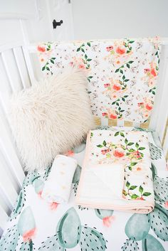 Cactus baby bedding for your entire nursery in the color scheme or theme of your choice! Whether you favor a more rustic or modern look, it can be achieved easily with our full range of nursery essentials like crib sheets, pillow covers, changing pad covers and much more. How it works: 1. Select your items from the drop down menu. 2. Select your favorite fabrics from the drop down menu, and check out. 3. We'll get to work creating a custom set or individual items just for you. ♥ Need adv...