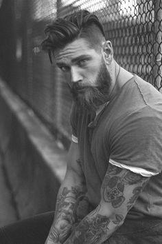 Estilo de barba e condicionador - Beard - Beard Styles For Men, Hair And Beard Styles, Long Hair Styles, Pelo Hipster, Hipster Beard, Best Beard Balm, Beard Growth, Hair Locks, Awesome Beards