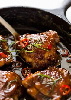 WMF Cutlery And Cookware - One Of The Most Trustworthy Cookware Producers Vietnamese Coconut Caramel Chicken - 7 Ingredient Magic. The Coconut Fragrance Is Heavenly Caramel Chicken, Butter Chicken, Asian Recipes, Healthy Recipes, Chinese Recipes, French Recipes, Japanese Recipes, Mexican Recipes, Recipetin Eats