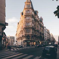 Parisian street, Montmartre, Paris.