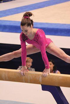McKayla Maroney 2011 podium training