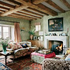 How to Decorate Your Home in the English Country House Style - Katie Considers - Plum Sykes English Country House William Morris Wallpaper Willow Boughs Chintz Roll Arm Sofa Firepl - William Morris Wallpaper, Morris Wallpapers, Style At Home, Country Style Homes, Style Uk, Country Houses, Cottage Living, Small Living Rooms, English Living Rooms