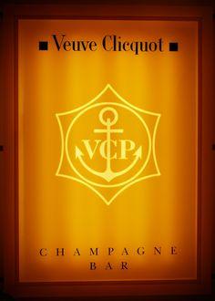 Veuve Clicquot Champagne bar at Harrods