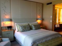Four Seasons Hotel Toronto - Hotel Room Suite