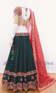 Indian Fashion Dresses, Dress Indian Style, Girls Fashion Clothes, Indian Designer Outfits, Indian Outfits, Fashion Outfits, Woman Clothing, Women's Fashion, Garba Dress