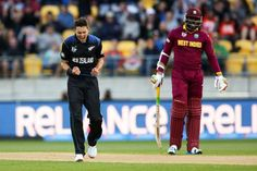 Trent Boult picked up the first four wickets to fall