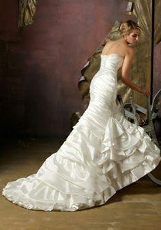Taffeta Mermaid Sweetheart Sleeveless With Beads And Pleats Wedding Dress picture 2