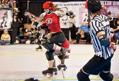 Suzy Hotrod apex jump. Solid, shoulder turned, core is tight.- Gonna watch/ copy this woman in two weeks